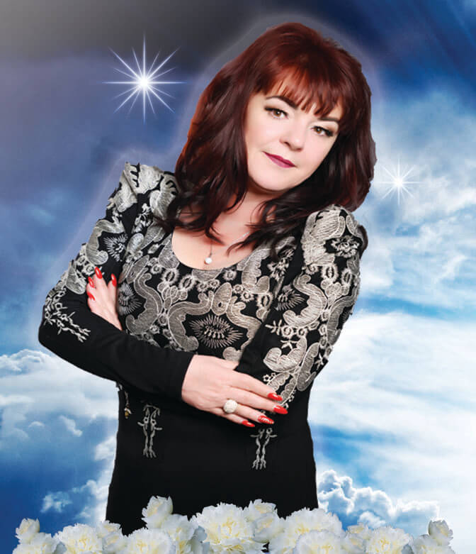 dee rendall psychic medium, photograph, spiritual